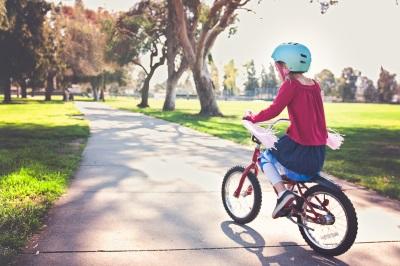 Saugi ir smagi šeimos kelionė lauks minančių Žaliųjų ežerų ar Valakupių dviračių maršrutais