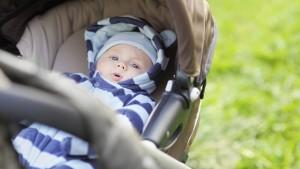 Svarbu atsižvelgti, kokiu metų laiku gims mažylis ir atitinkamai rinktis lopšio dydį